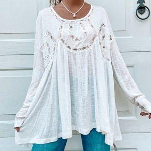 NWT ENTRO White Lace Top Sz Large